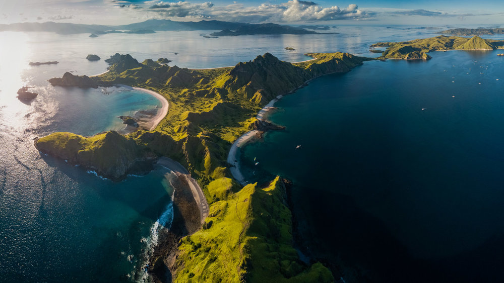 The whole Padar island can be seen with its beautiful hills
