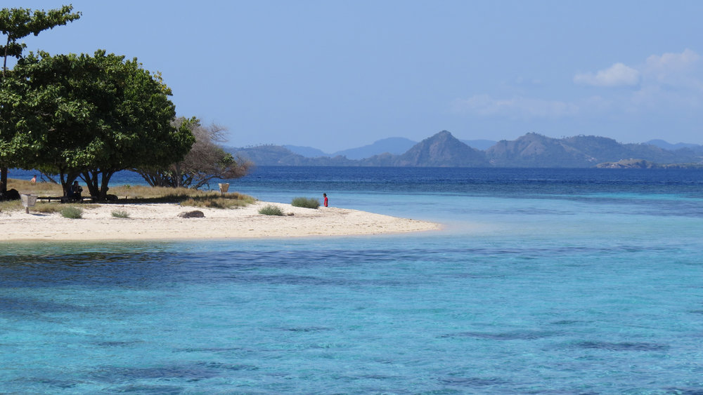 Kanawa island with its magnificent view on the shore