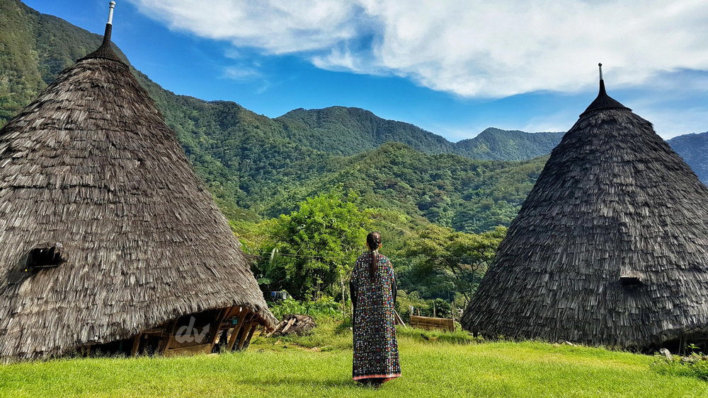 Take a long hike up to the mountain to discover Wae Rebo village