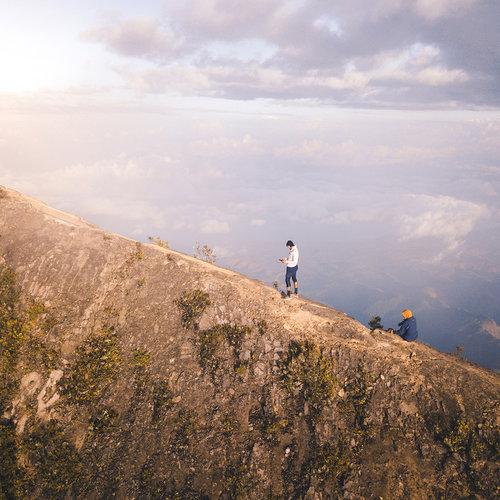 Trekking in the Kelimutu mountain
