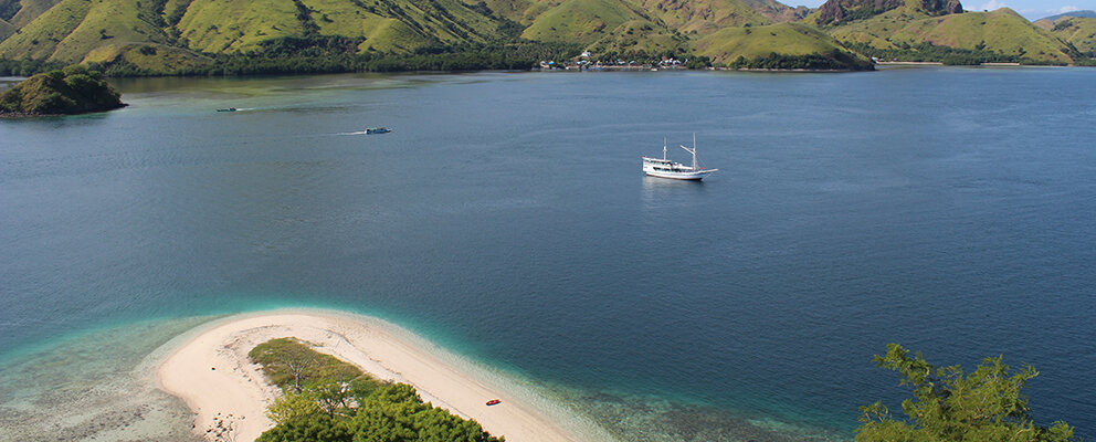 A sailing journey to Kelor Island