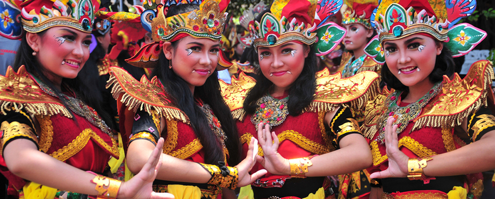 Several female dancers for Barong Dance in the festival