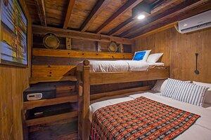 a comfort bedroom for 2 persons - adishree liveaboard