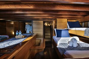 Sharing cabin in Tanaka liveaboard is made for family or group