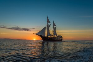 Sunset view while onboard Carpe Diem liveaboard