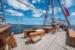 The deck of Carpe Diem liveaboard are spacious for guests