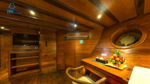 A nice looking cabin inside Damai II liveaboard