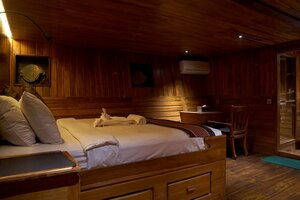 Damai I liveaboard provide a comfortable bed in each cabin