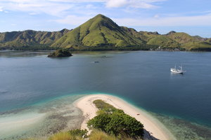 Aerial view of Royal Fortuna liveaboard traveling between the islands