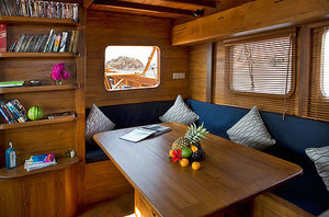Relaxing area - Mantra liveaboard