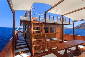 Stairs to the roof of Helena liveaboard