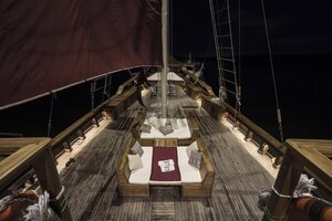 The bow deck in Tiare liveaboard offers a comfortable guests area