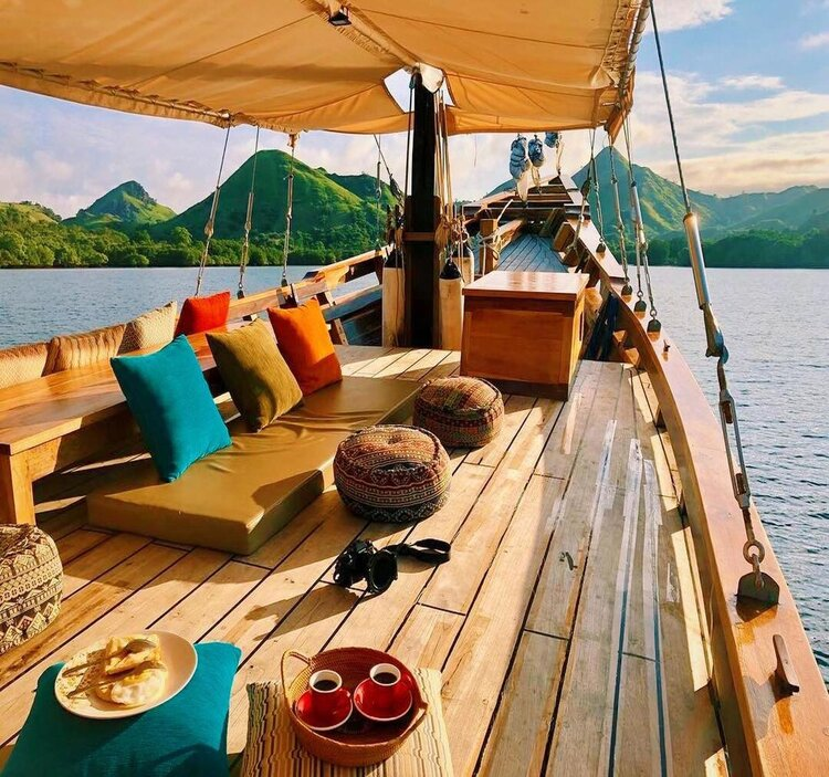 The deck in Samara II liveaboard made for guests to lay around and relax