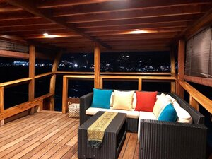 Relax on the deck of Samara II liveaboard