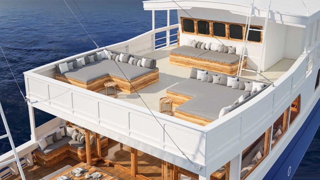 A perfect sun deck to enjoy sunrise and sunset with aliikai liveaboard | Hello Flores